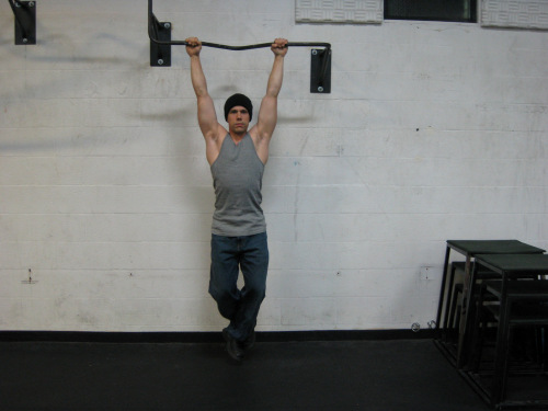 Demonstrtion of the Hanging Grip exercise